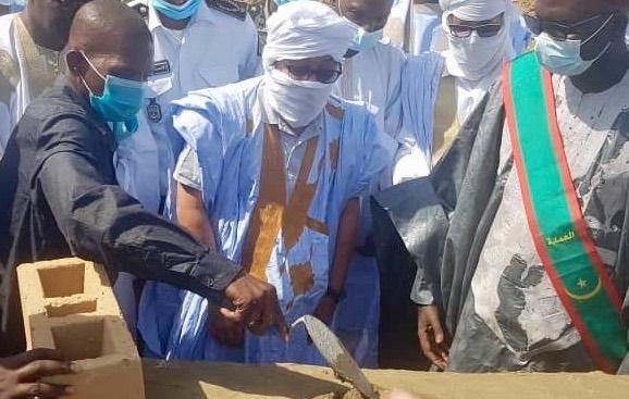 M. Moulaye Ibrahim, Gouverneur du Trarza : pose de la 1ère pierre du Centre de Santé de Tékane
